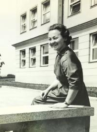 Milada Machů in front of the school, Újezd 1958