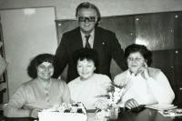 Milada Machů in the middle with her colleagues in the school staffroom, Újezd 1994