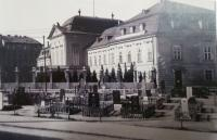 The graves in front of Grasalkovič palace after war, 1945
