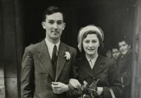 Wedding photo 1947 - detail