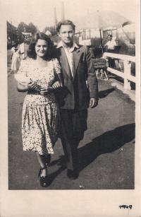 Parents, 1949