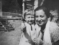 Dagmar with mother / 1932