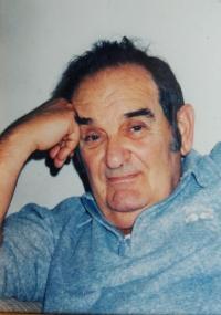 """Husband Harry Fink, Holocaust survivor, former """"Birkenau Boys"""" member in Auschwitz"""
