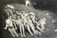 Jiří Janisch with fiends, 1943