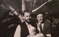Ján Buzássy s otcom a synom Jurajom, 1967