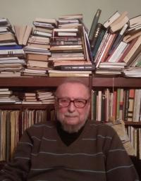 Ján Buzássy v svojej pracovni