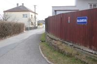 Ulice pojmenovaná na památku po Josefu Bajgarovi, Zdeňkově otci.