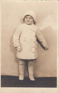 Kamila Karnikova as a child