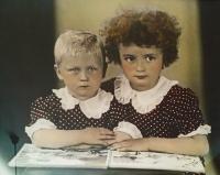 Jarmila with her sister Eva in 1943