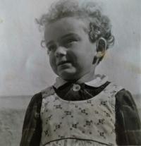 Jarmila in 1941