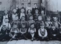 Bedřich v 1. třídě. Drážďany 1934.