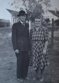 Otec s matkou už ve Vracově.