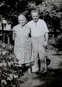 Great-grandmother Hedvika Švédová and her son Vratislav