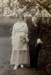 Wedding photo of grandparents Hedvika and František Švéda