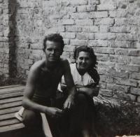 Ludmila and Václav Švéda in 1948