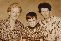Left Mother Anna Hocz