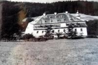 Chateau Debrník, where since 1948 the Border Guard resided. It was completely destroyed in the autumn of 1989