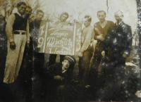 Husband Josef Krejci with other forced Czechs in Lützen in 1943