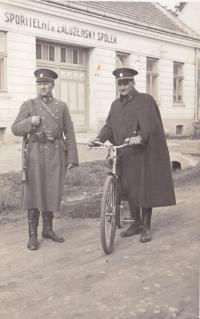 Daddy Vera, patrolling the border in Lanžhotě