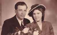 1944 - wedding photo