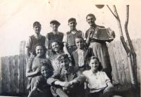 Jewish youth in Chust. Antonín Moťovič in the first row. 1940´s