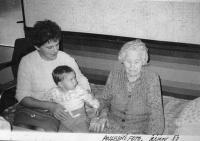 Zdenka Vévodová with her mother Marie Stehlíčková  (1988)