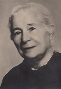 Marie Mašínová, her grandmother from her father's side, Poděbrady, 1940s