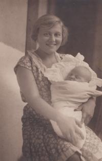 Her mother with little Ctirad Mašín, 1930
