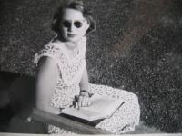 Eva Mádrová in 1952